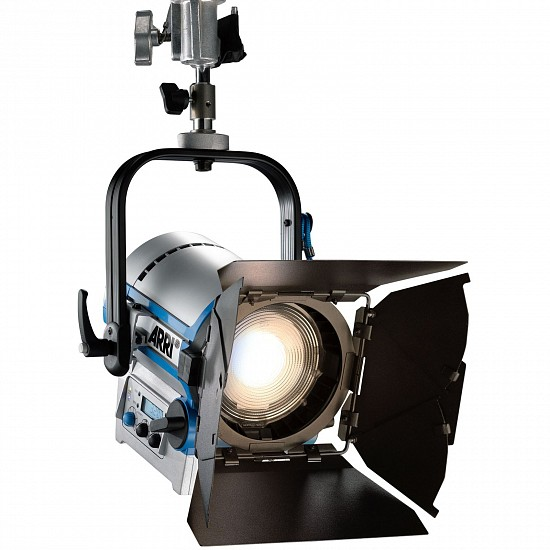 Прибор ARRI L5-TT L0.0001979 (Stand-Mount, Blue/Silver, 3 m Cable, Schuko Connector)